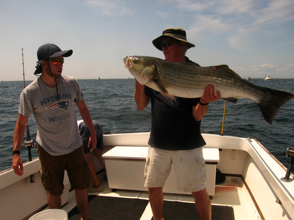 Flukin' Sportsfishing